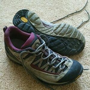 Asolo Woman's Vibram hiking shoes